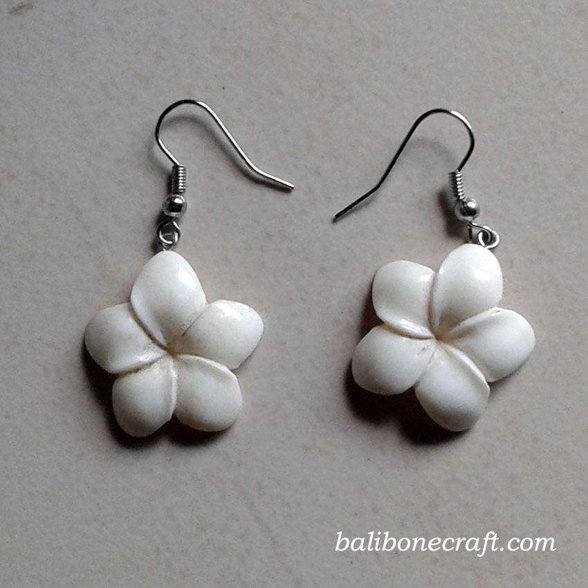 earring kamboja